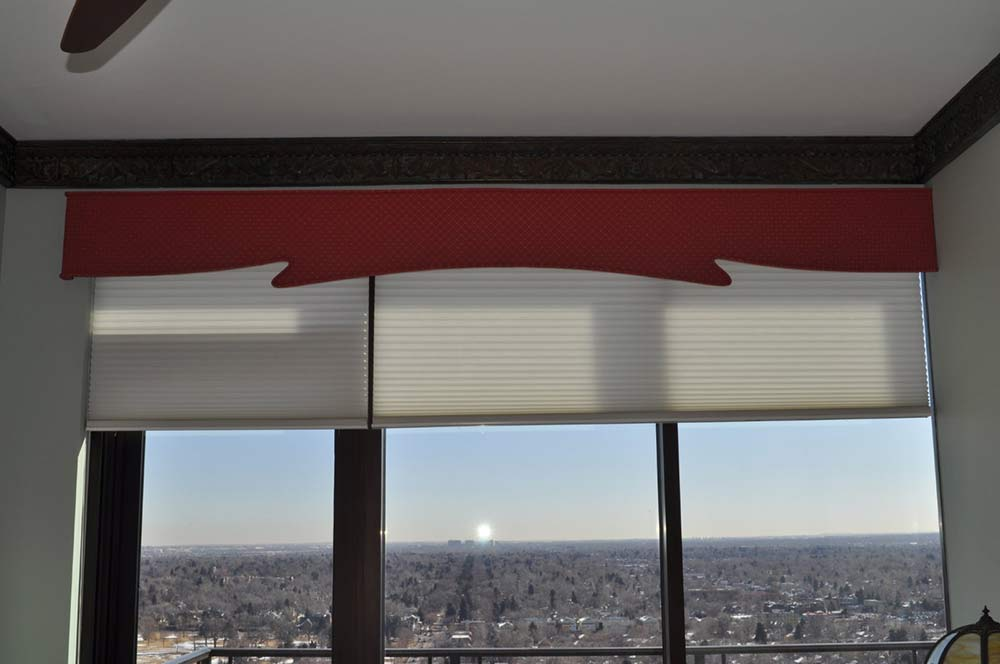 window with blinds and shaped, modern red valence