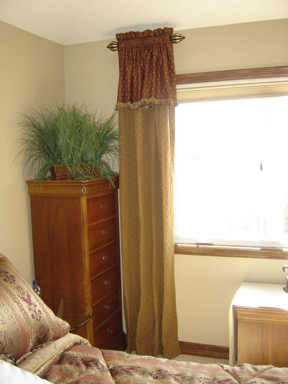 accent window covering