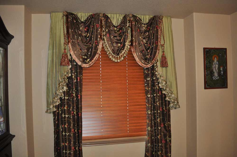 brown and green curtains